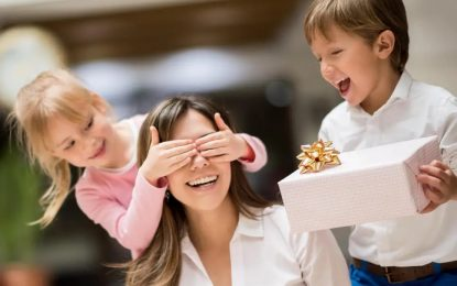 Thinking what to gift your mom? Here are a few presents that you should consider