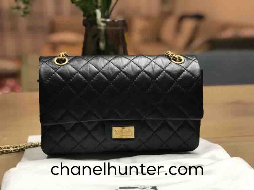 52c10c4847ea41 Like any other branded accessory, Chanel replica handbags are also readily  available in the market. Our Chanel knock-offs offer style and design which  ...
