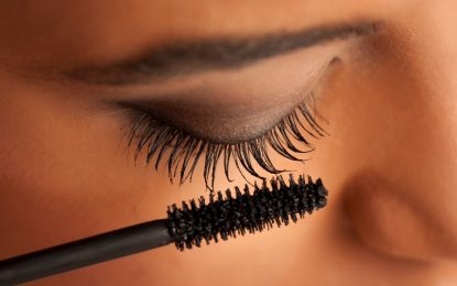 REASONS TO BUY TUBING MASCARA