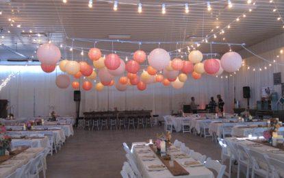 Recreating parent's wedding decorative ideas